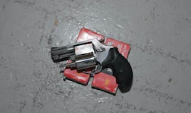 Irish duo charged with guns and drugs plot