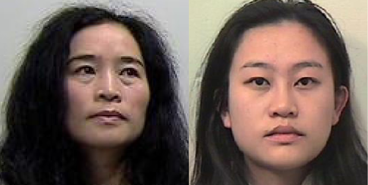 Picture of Xiaodan Wang and her daughter Zixian Long